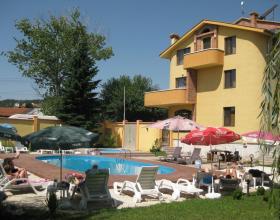 Семеен хотел Ив - Велинград