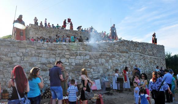 Забележителности, Градове, Антични крепости, Исторически музеи, Язовири