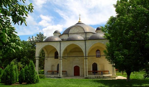 Узунджовската църква, Забележителности в Хасково