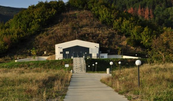 """Тракийска гробница """"Шушманец"""", Тракийски гробници, Долината на тракийските владетели, Забележителности в Казанлък"""