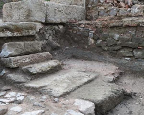 Внушителните руини на древния град Акве Калиде